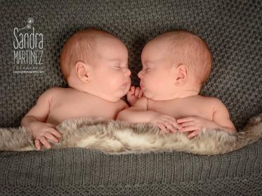 newborn gemelas