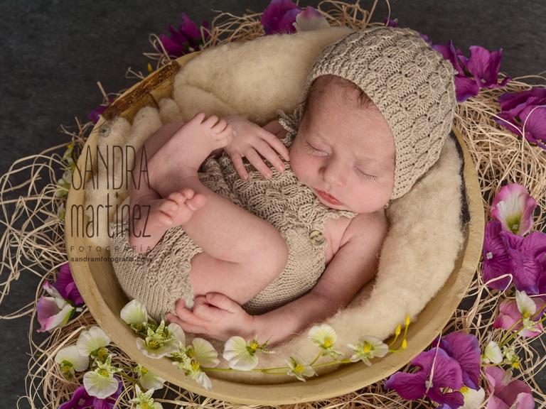 sesionfotografica-newborn-reciennacido-estudiofotograficoripollet-fotografonewbornbarcelonaDSC_6511